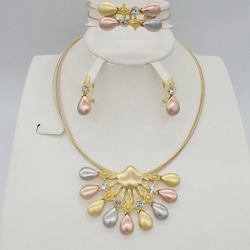 Dubai Gold color Jewelry Sets Nigerian Wedding African Beads Crystal Bridal Jewellery Set Rhinestone Ethiopian Jewelry parure