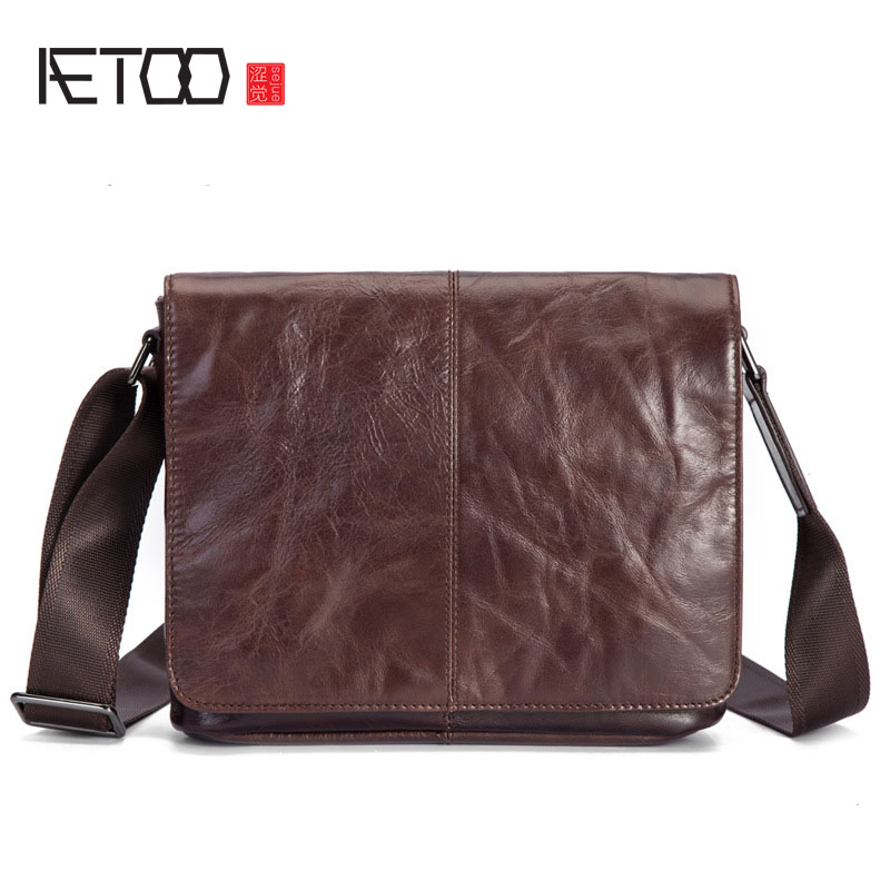 AETOO Leather man's bag of retro head layer oil waxen leather men's single shoulder bag casual bag original hand made retro shoulder bag new vertical section of the small backpack head layer of leather sculpture leather casual