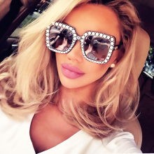 HapiGOO 2018 New Luxury Brand Designer Ladies Oversized Square Sunglasses Women Diamond Frame Mirror Sun Glasses For Female