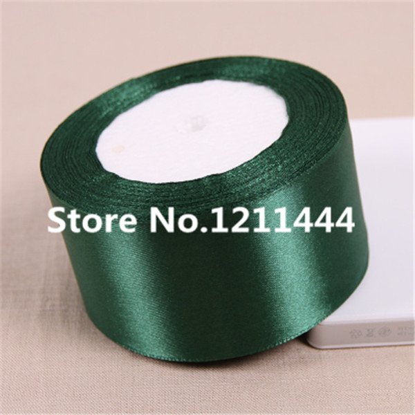25 ярдов/roll 2 дюймов темно-зеленый Шитьё и ткань Атлас Ленты для свадьбы Аксессуары оптовая продажа подарочной упаковки ленты