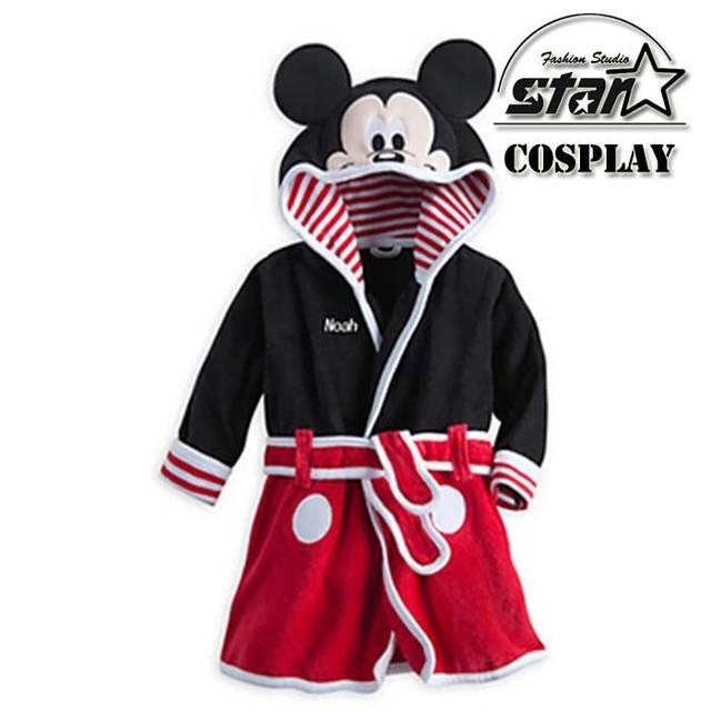 2016 Nuevo Bebé Albornoz Pijamas Embroman la ropa de Mickey Minnie ropa de Dormir Niños Homewear Niños Niñas Con Capucha de Franela Bata de Toalla de Playa