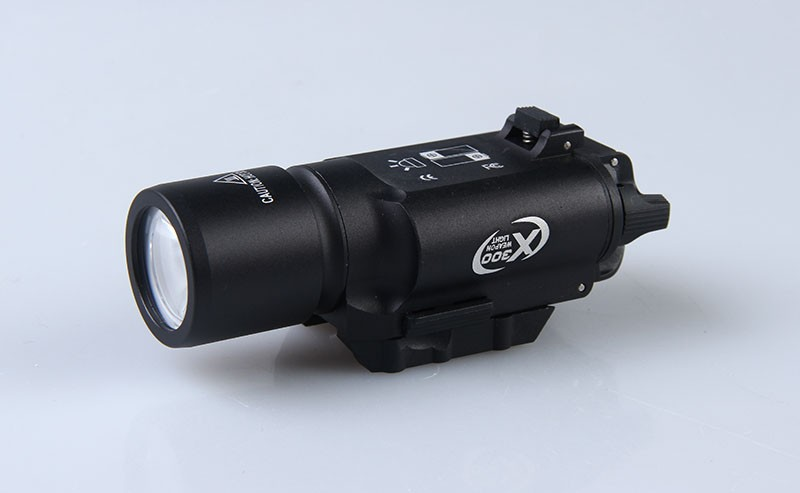Hot sale X300 LED tactical flashlight white weapon Light torch for rifle scope for hunting shooting hot sale new tactical flashlight x300 ultra led weapon light for hunting for shooting cl15 0040