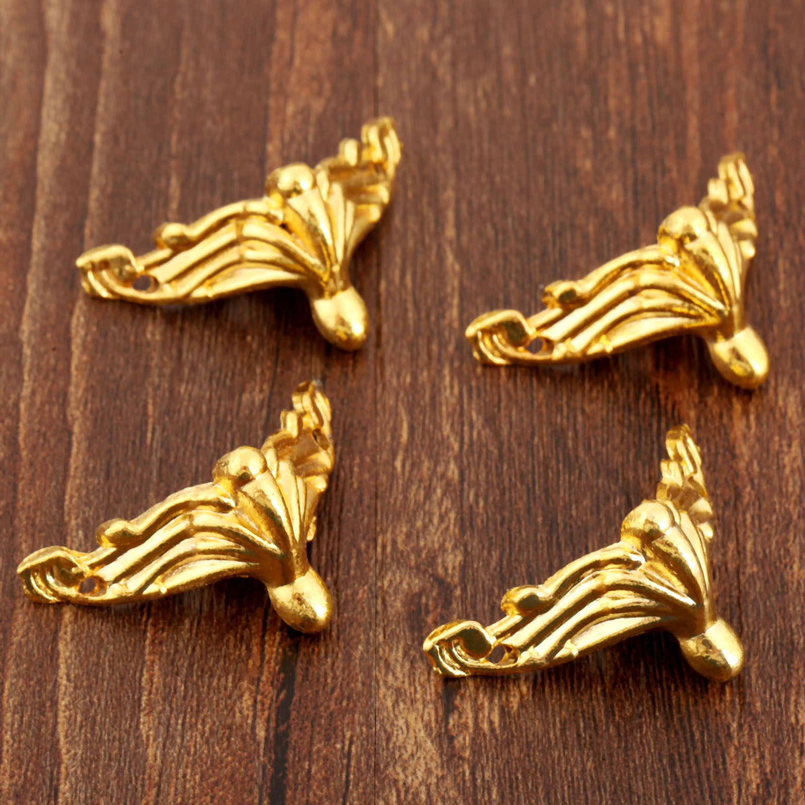 4Pcs Gold Decorative Corner Bracket For Furniture Jewelry Gift Wooden Box Feet Furniture Foot Corner Protector 26*19mm