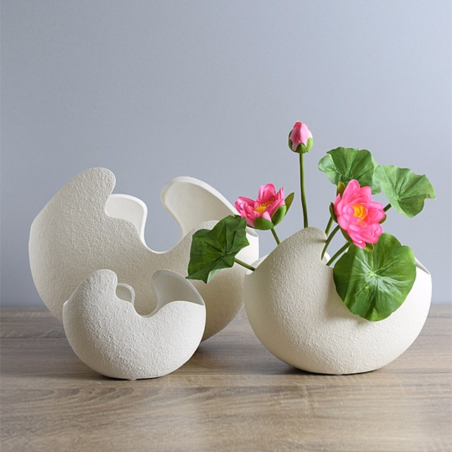 Modern Broken Egg Design Ceramic Vase Tabletop Flower Vase Home