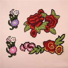 Fabric Embroidered Beautiful Flower Patch Clothes Sticker Bag Sew Iron On Applique DIY Apparel Sewing Clothing Accessories BU132 цена
