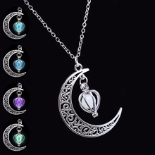 Glowing in Dark Silver Plated Chain Moon Necklaces & Pendants Statement Necklace Women Necklace Choker Luminous Jewelry 2017
