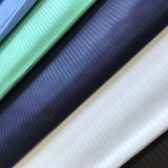 BlackWin Africano Atiku Del Merletto Per Gli Uomini di Stoffa Atiku Tessuto di Puro Cotone Materiale di 10 metri Per Pezzo 10 Colori Della Miscela Differenza disegno