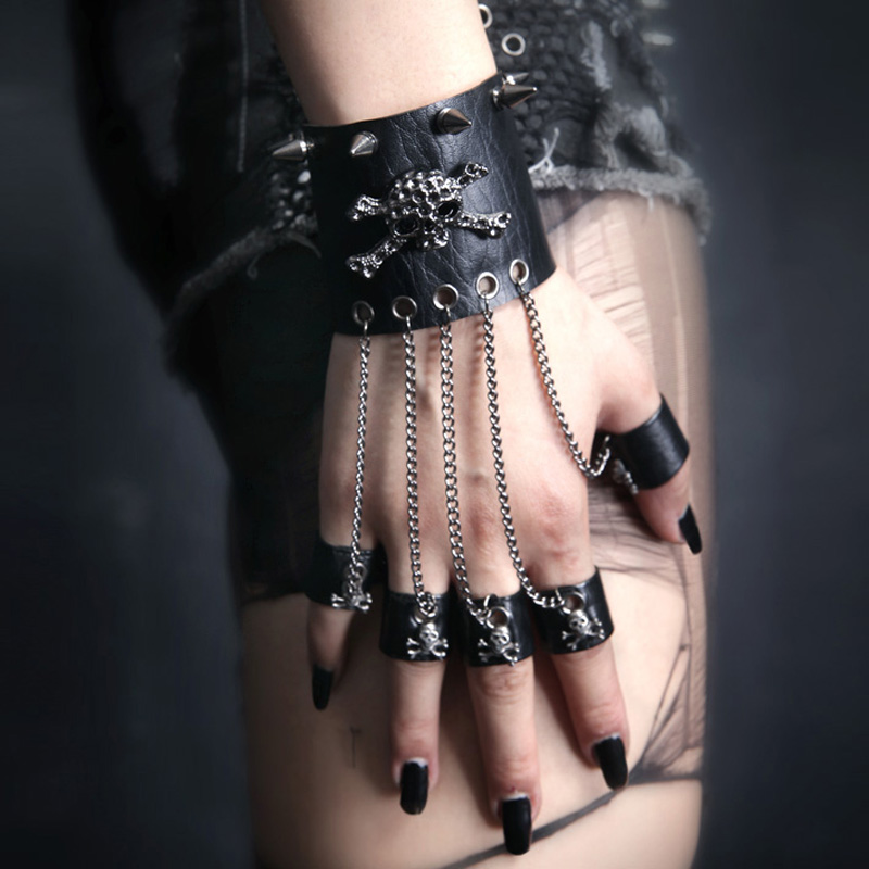 Punk  Rave  Style Gothic Women Bracelet Rock Steam Steampunk Skull PU Leather Skull Spike Cuff S114