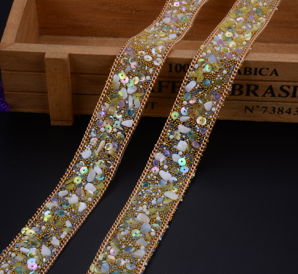 free ship,crystal beaded rhinestone trim strass banding bridal beaded applique chain in yards 2cm width iron on wedding dress