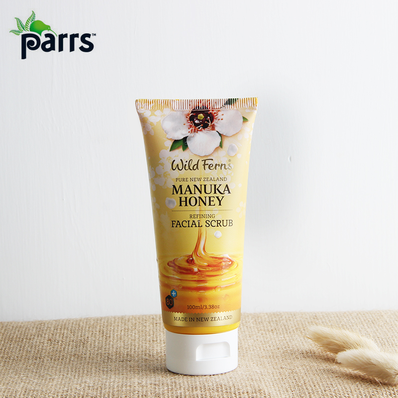 Manuka honey facial scrub