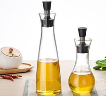 1PC Kitchen Accessories High Borosilicate Glass Oil Dispenser Bottles Cruet Storage Pot Cooking Gravy Boats Pourer Spout OK 0659