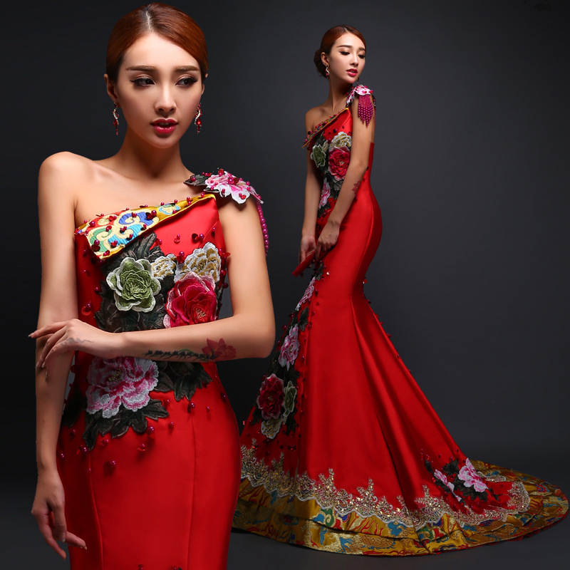 Chinese Traditional Embroidery Flower Cheongsam Slim Floor Length Noble Qipao Off Shoulder Sexy Evening Mermaid Dresses