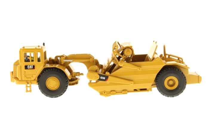 Exquise DM 1:50 Caterpillar CAT 623G machines d'ingénierie surélevée grattoir moulé sous pression jouet modèle 85097 pour Collection, décoration