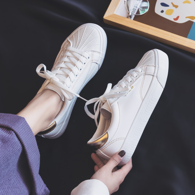 Wild basic white shoes female 2019 spring new spring women's shoes flat student shell plate shoes foreign gas white shoes