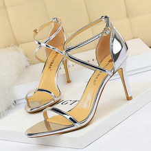 sandalias mujer 2018 high heels pumps women shoes sandals wedges for Fashionable Sexy Night Club Metal Party