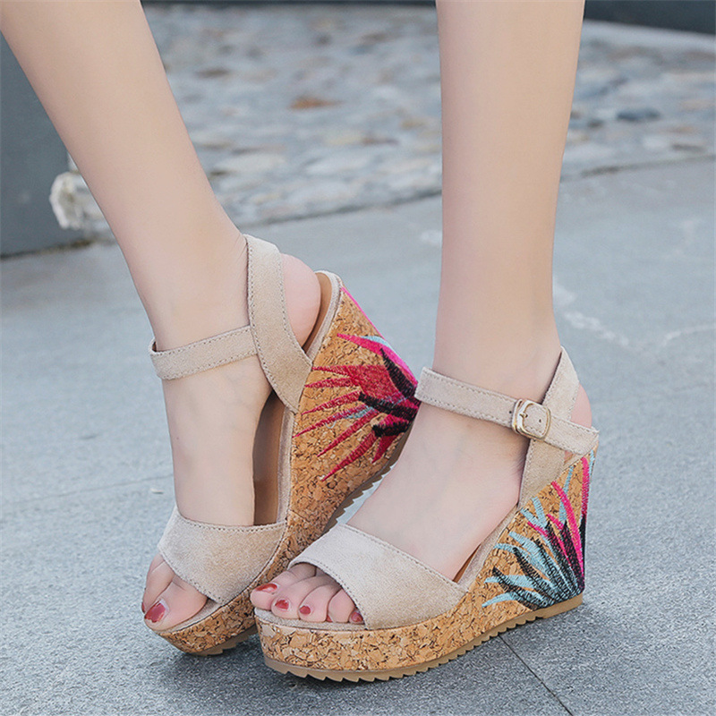 22014 sandals women the new summer 2018 sponge thick bottom fish mouth high-heeled sandals wholesale 17