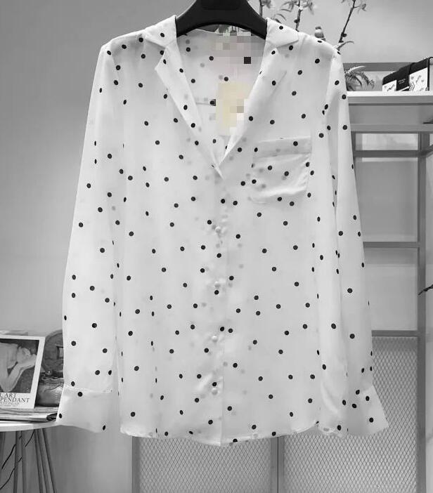 النساء قميص 2019 جديد اللونين البولكا نقطة قميص حريري-في بلوزات وقمصان من ملابس نسائية على  مجموعة 1