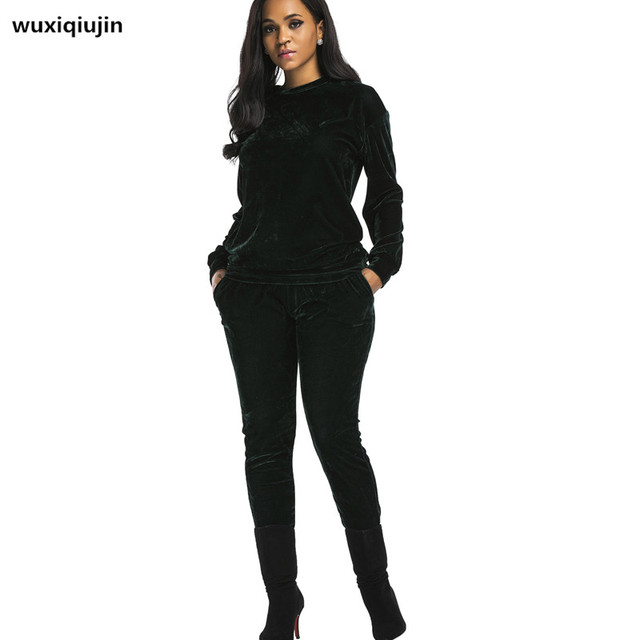 2017 new Women Two Piece Set  Female Winter  Velvet  Tops + Pants, Long Sleeve Outfit Femme Sporting Suits 4 color R726#