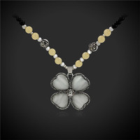 Cubic Zirconia Clover Necklace Pendant Mom S Gift Vintage Black Color Long Beads Chain Women Rosary