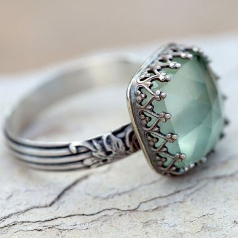 Vintage Thai Silver Mint Green Moonstone Ring Simple Green Square Zircon Ring For Women