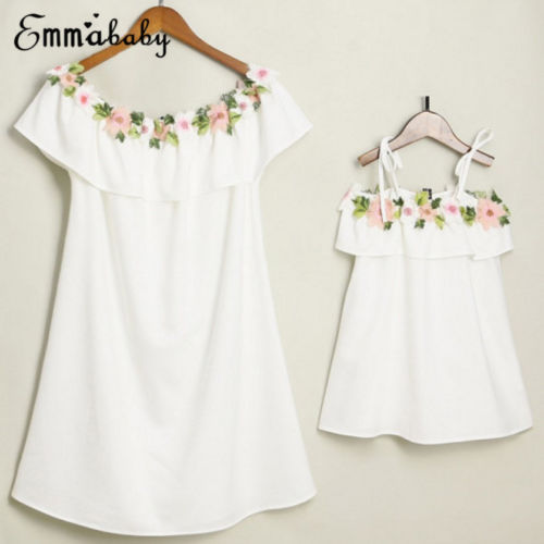 2018 Cute Mother and Daughter Summer Casual Embroidery Floral Strap Off Shoulder Maxi Dress Mommy&Me Family Matching Outfits 1