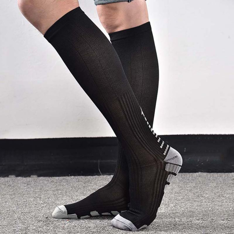 New 1 Pair Women's Anti-Fatigue Knee High Stockings Compression Support Outdoor Running Sports Winter Stockings 2018