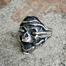 EYHIMD Tree Vine Winding Shout Suffering Skull Rings Vintage Stainless Steel Ring Mens Punk Biker Jewelry