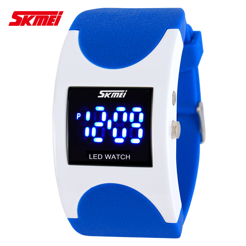 SKMEI Brand Women LED Digital Watch Sports Watches Fashion Arced Dial 30m Waterproof Electronic Student Dress