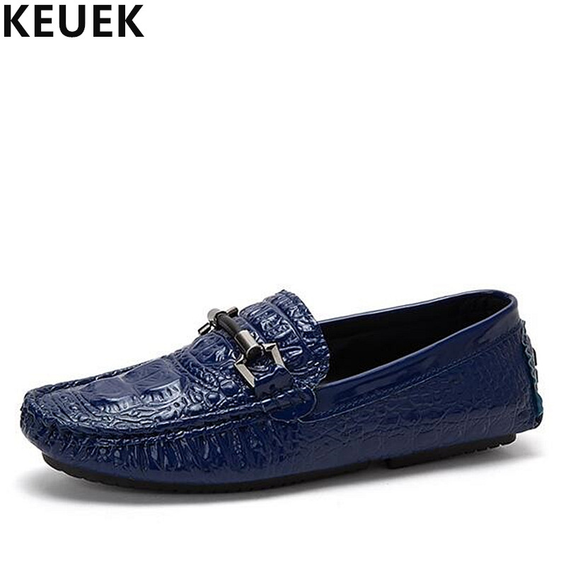 New arrival Fashion Men Loafers Summer Slip On Flats Genuine leather Breathable Boat shoes Soft Comfortable