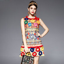 High Quality 2017 Runway Fashion Designer Dress Women's Sleeveless Fuzzy Ball Diamonds Beading Baroque Printed Embossed Dress