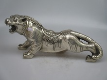 Collectible Decorated Old Handwork Tibet Silver Carved Big Tiger Statue/Animals Sculpture
