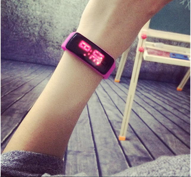 New Silicone Watch Band Women LED Digital Screen mens Watch Dress Sports Watch Fashion Outdoor Wristwatch kids for student