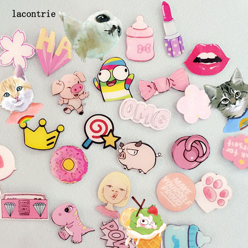 1 PCS Pink Series No.2 Icon Badges for Clothing Free Shipping Acrylic Badges Backpack Decoration Cartoon Icons on The Pin Badge