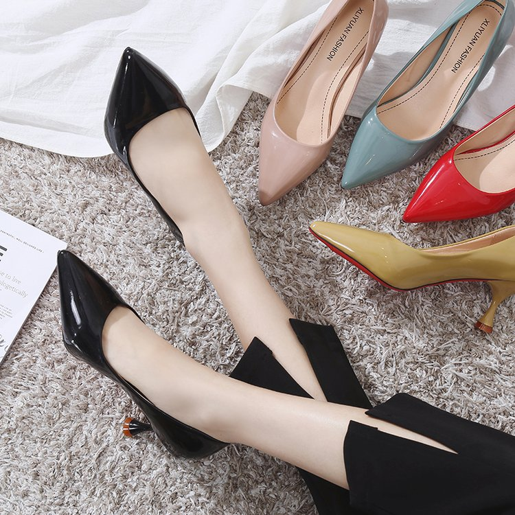 2018 New Korean Fashion Versatile Patent Leather Shallow Mouth High Heels Pointed Trend Comfortable High-heeled Shoes