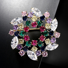 Wreath Brooch Rhinestone Multicolor Brooches Pins Crystal Wedding Broaches for Bridal Bouquet Dress Sash Broach Jewelry Gift