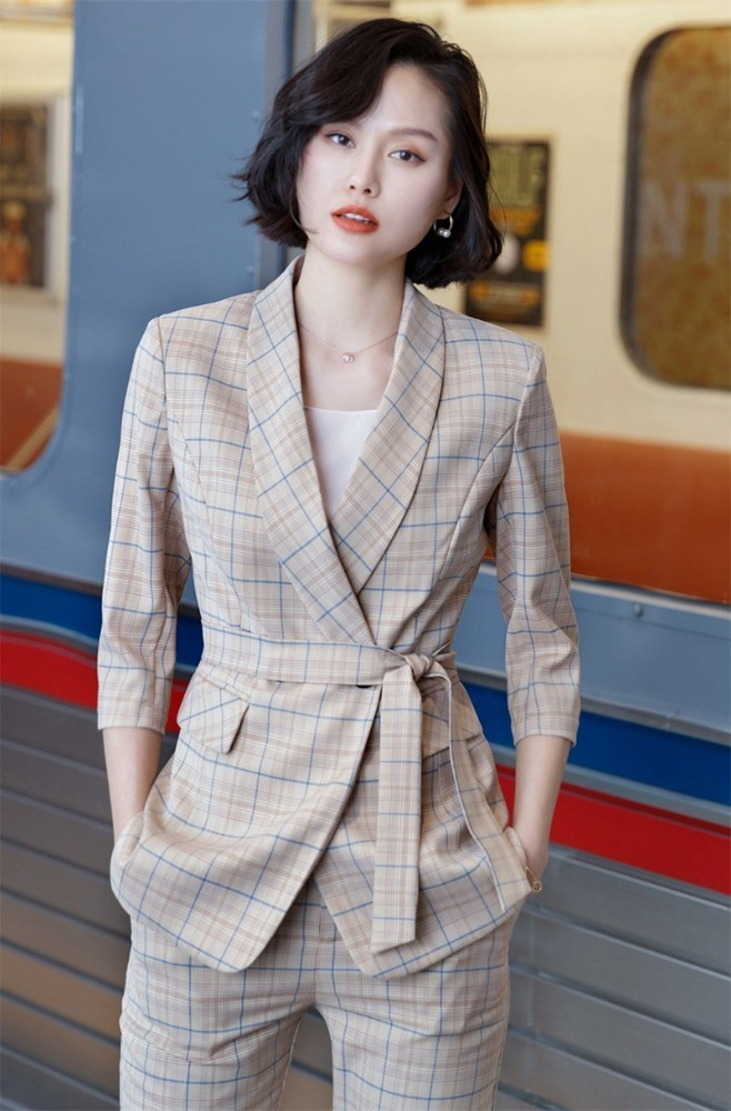 Novelty Apricot High Quality Fabric Uniform Designs Women Pantsuits Jackets And Pants For Ladies Blazers Pants Suits With Belt