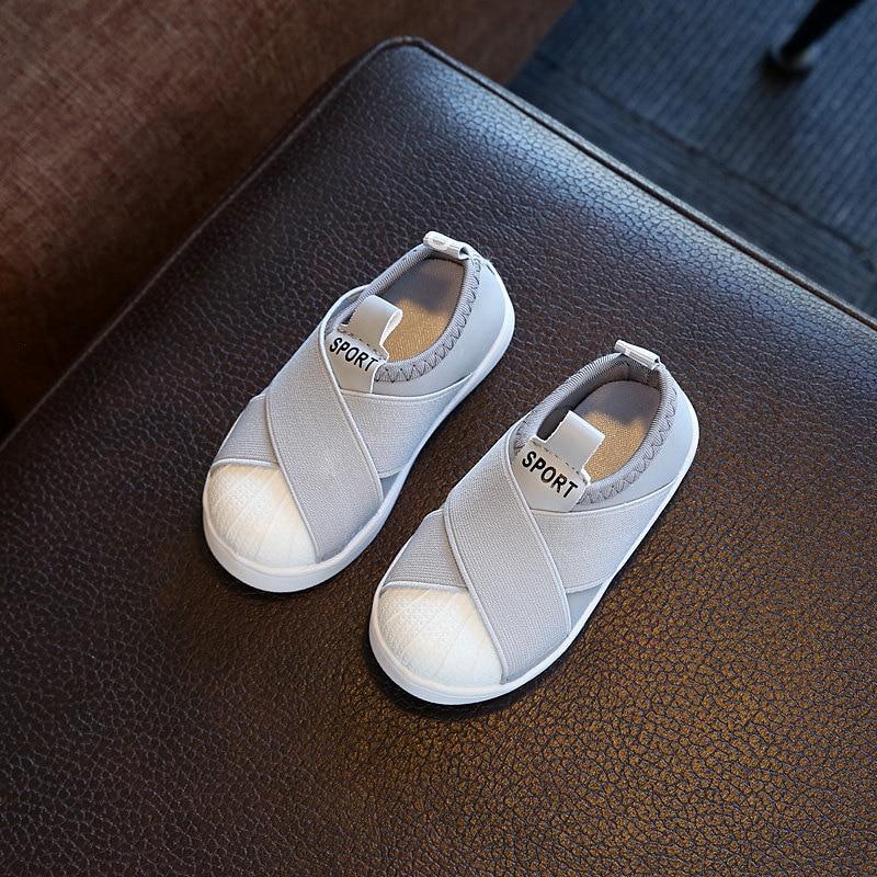 Новинка 2017 года красивые однотонные повседневные туфли Дети дышащий холст для маленьких детей обувь унисекс классический милый для мальчи...