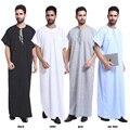 Novo design dos homens homem muçulmano vestido dubai abaya 4 cores cores dos homens vestido de algodão e tecido de linho branco