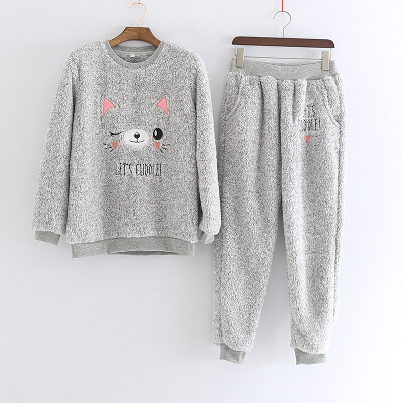 New 2 Pcs/lot Thick Coral Fleece Women Pajamas Set Bear Flannel Warm Winter Girls Pyjamas Set Lingerie Sleepwear Home Clothes