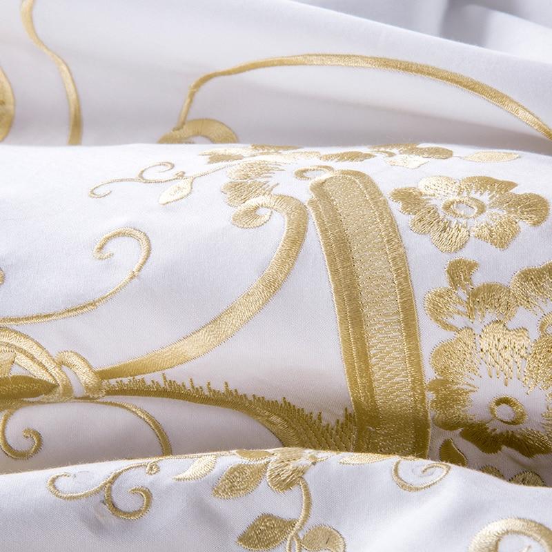 Bianco Golden Set di Biancheria Da Letto Queen Super King size lenzuolo di Lusso set Egypian Del Ricamo Del cotone foglio di Biancheria Da Letto Copripiumino set-in Completi letto da Casa e giardino su  Gruppo 3