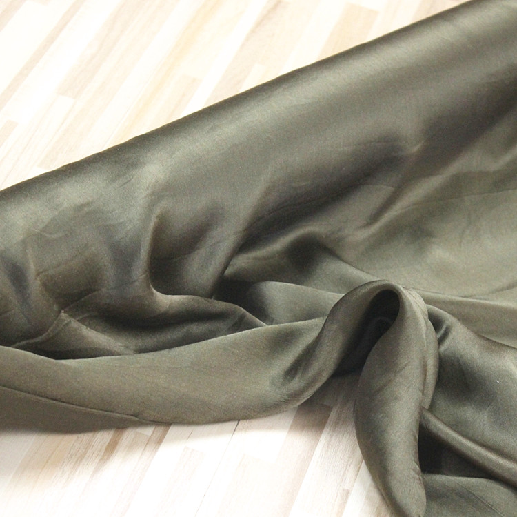 100% silk fabric Charmeuse silk satin dress,width:110cm,thickness:12mm,length:180cm,color:BROWN-COFFEE,#Z15100% silk fabric Charmeuse silk satin dress,width:110cm,thickness:12mm,length:180cm,color:BROWN-COFFEE,#Z15