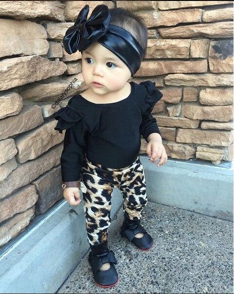 37ae3365c Aliexpress.com: Comprar 2019 otoño nueva moda ropa infantil bebé niña ropa  de manga larga negro Tops + Pantalones 2 piezas bebé recién nacido conjunto  de ...