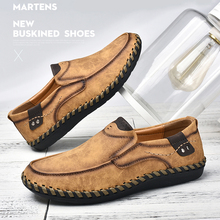 Men Casual Shoes Leather Handmade Shoes Men Soft Breathable Moccasins Boat Flats Driving Shoes Male Rubber Outsole Footwear g n shi jia black genuine leather upper rubber outsole men s leisure shoes sewing soft outdoor retro male casual shoes 888330
