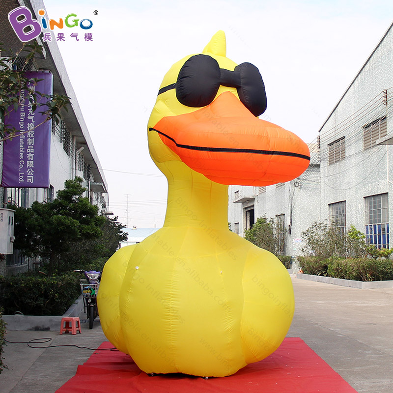 Customized 13 feet high big inflatable yellow duck promotional 4 meter large duck inflatables with sunglasses for decoration toyCustomized 13 feet high big inflatable yellow duck promotional 4 meter large duck inflatables with sunglasses for decoration toy