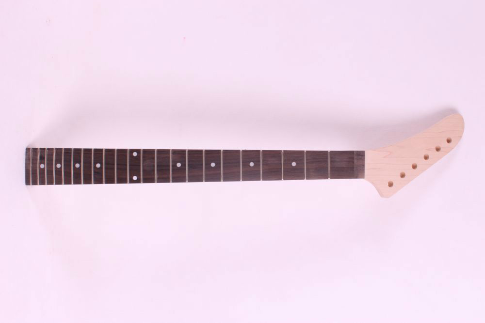 22#  unfinished electric guitar neck mahogany   made and rosewood  fingerboard Bolt on 22 fret black color 24 frets holt on one electric guitar neck mahogany wood and rosewood fingerboard 171