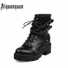 2017 venta Caliente de las mujeres botas zapatos de moda de estilo Retro ronda toe heels cuadrados Remaches diseño de cuero de LA PU de mitad de la pantorrilla botas envío gratis
