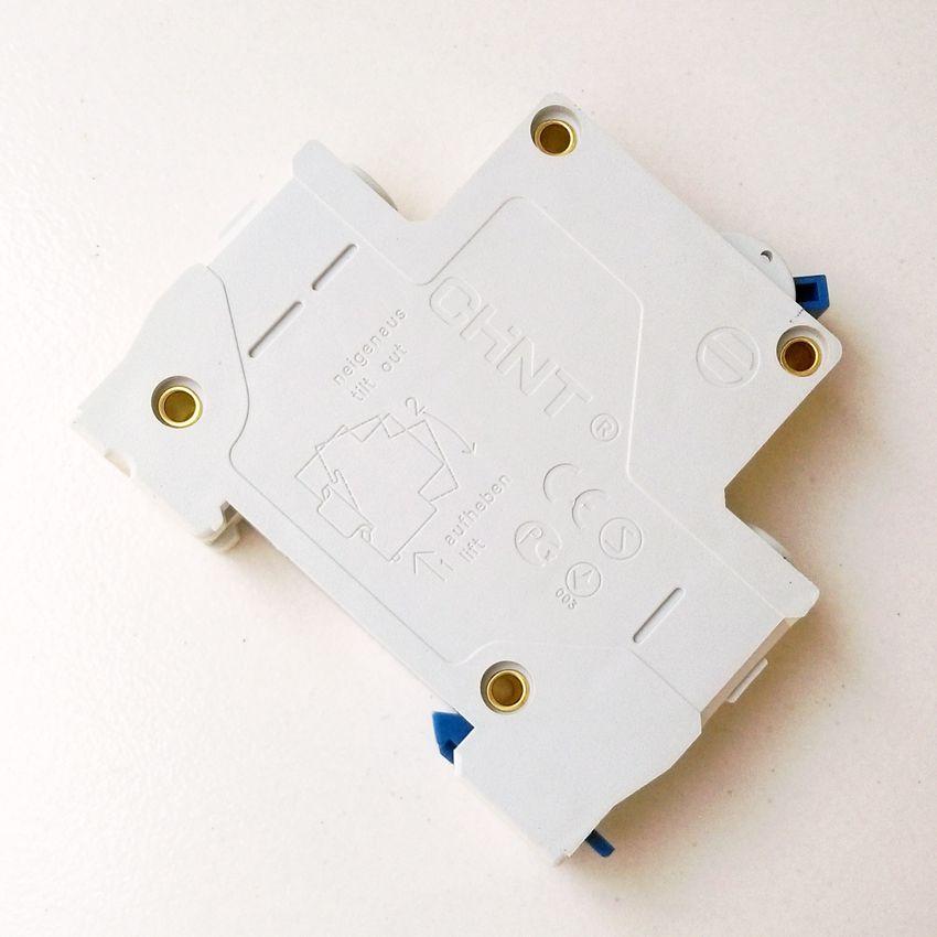 10p DZ47-60 C20 AC230//400V 1P 20A Rated Current 1 Pole Miniature Circuit Breaker