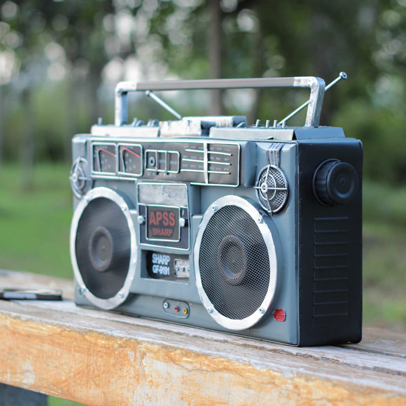 Nostalgic Classic Iron Tape Recorder Model Metal Crafts Desktop Decoration Home Accessories Radio Photography PropsNostalgic Classic Iron Tape Recorder Model Metal Crafts Desktop Decoration Home Accessories Radio Photography Props