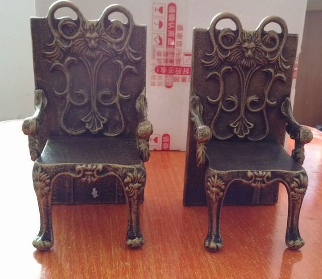2 Antique Cast Iron Chairs Shape Bookend Book End Stand Quality Heavy Metal  Home Office Desk - 2 Antique Cast Iron Chairs Shape Bookend Book End Stand Quality