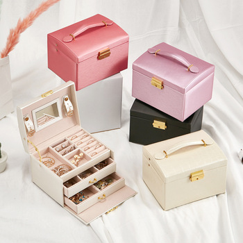 Casegrace Hot Fashion Jewelry Packaging Display Box Armoire Dressing Chest with Clasps Bracelet Ring Organiser